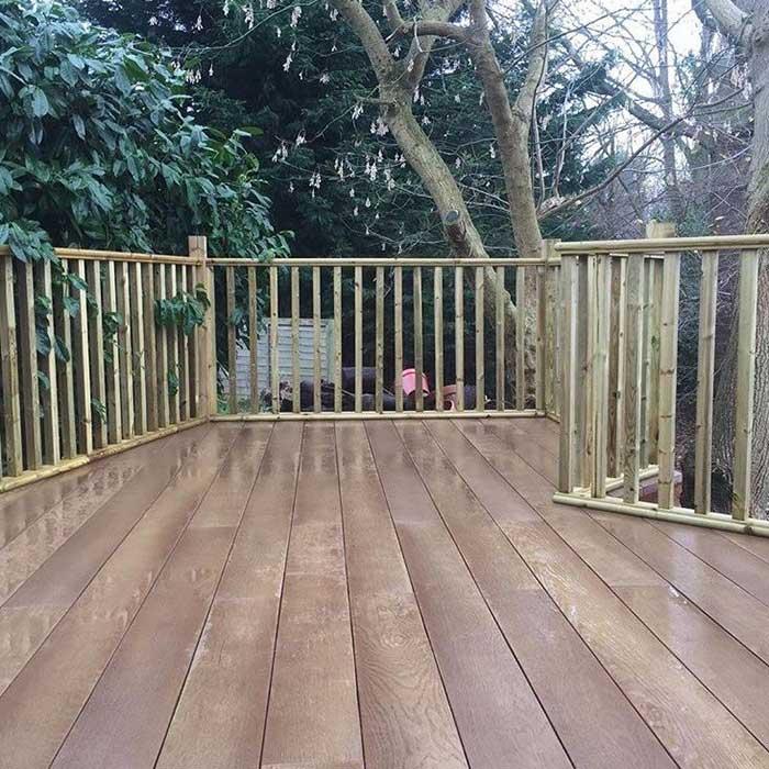 Millboard Decking – Coppered Oak with Softwood Balustrade – Weybridge