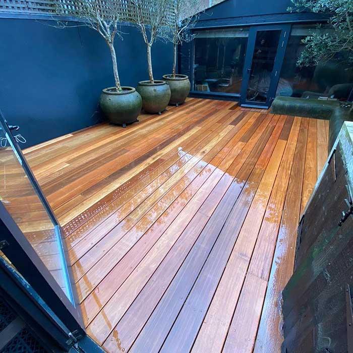 Hardwood Decking – London