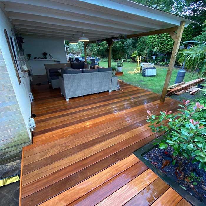 hardwood-deck-wybridge-june-2020-2